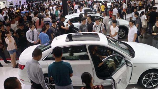 2017中国车市回顾:北京现代销量跌逾三成 吉利成黑马